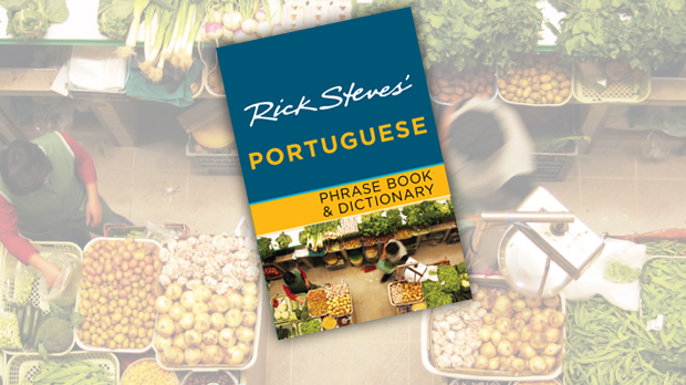 Portuguese Phrase Book & Dictionary